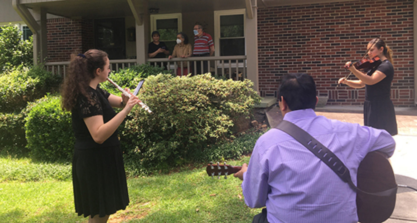 Pop-up Concerts Delight Isolated Seniors