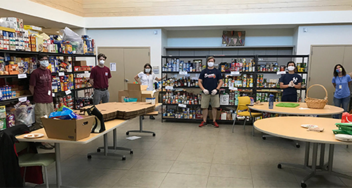 Volunteers Work Hard to Keep the Kosher Food Pantry Stocked Among Rising Needs