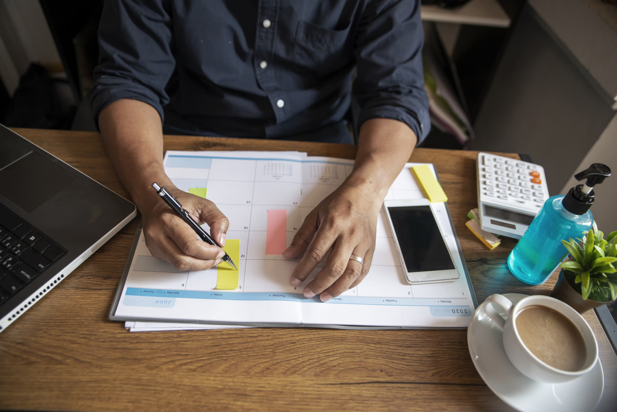 Staying Organized and Motivated During Your Job Search